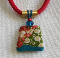 Asian Flower Pendant by Mary Kenesson (click to enlarge)